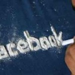 7 Symptoms of Facebook Addiction Disorder